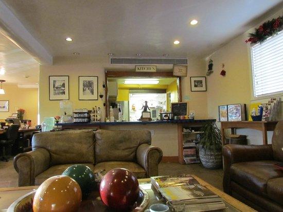 Las Palomas Inn Santa Fe: Kitchen