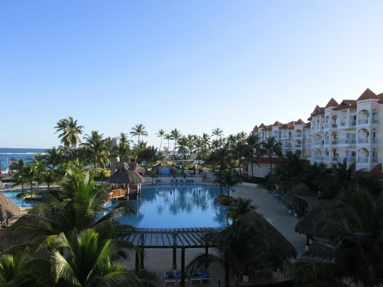 Occidental Caribe : View from Balcony to Left Overlooking Quiet Pool