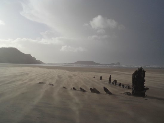 Rhossili Bay : The 19th century shipwreck 'Helvetia' on Rhossili Beach