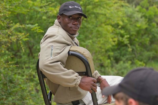 The Vuyani Safari Lodge: Uyai our amazing tracker