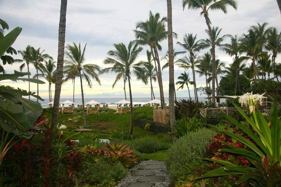 Four Seasons Resort Hualalai: property