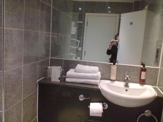196 Bishopsgate: il bagno