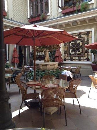 Hotel Grano de Oro San Jose: patio du restaurant