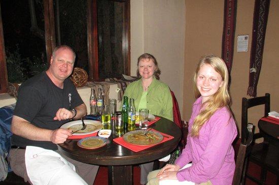 Qanela Restaurante: My Family at Dinner