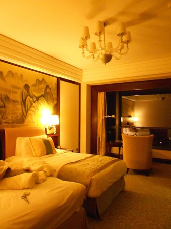 Shangri-La Hotel Guilin : Luxurious and comfortable room