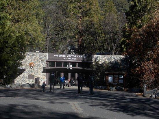 Valley Visitor Center: Entrada