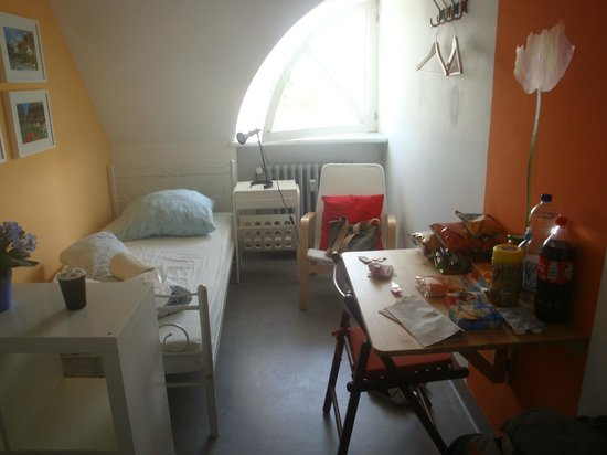 Hostel-Posty: single room, great value!