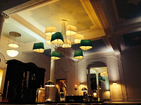 Hotel Royal St. Georges Interlaken - MGallery Collection: bar area