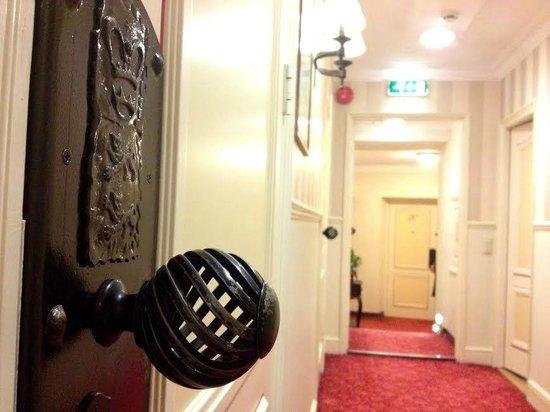 Hotel Schlossle: Corridor