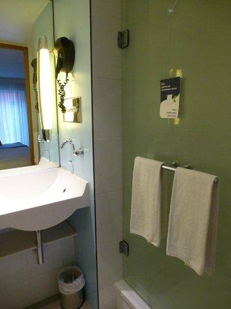 Novotel Mechelen Centrum: badkamer