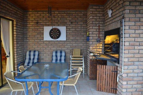Aqua Marina Guest House: BBQ Balcony