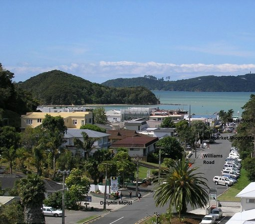Dolphin Motel: Location of Motel 100 metres-5minutes walking-Shops/Waterfront