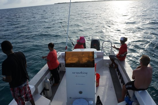 Huracan Diving: Fishing after a good day of diving. With the great staff