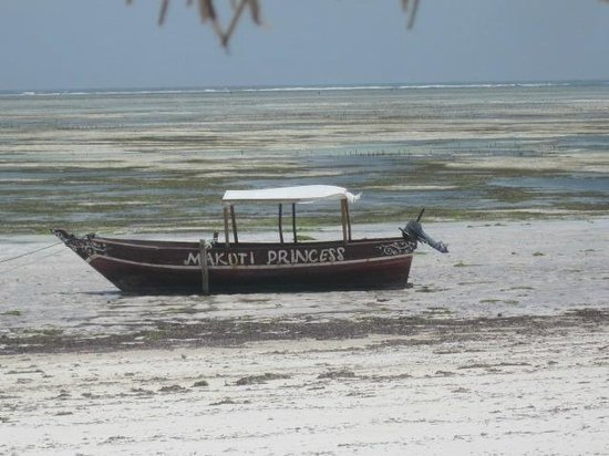 Makuti Beach Hotel: Makuti princess durante la marea