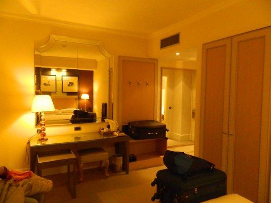 Starhotels Tuscany: Vista a partir da cama