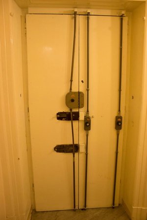 B&B Affittacamere Mari Centro : Porta di ingresso