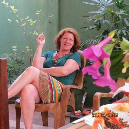 Birdhouse: Lene is having a cigarette after breakfast