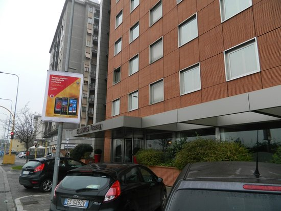 Starhotels Tuscany: Fachada do hotel.