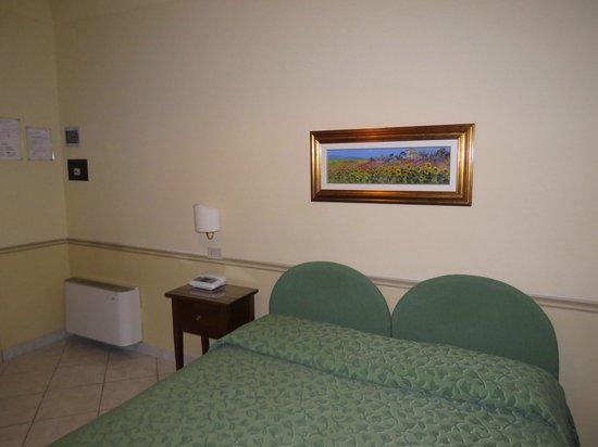 Hotel Chiusarelli: Stanza