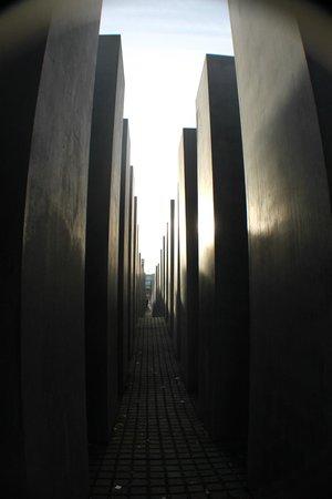 Mémorial aux Juifs assassinés d'Europe : dal centro del labirinto