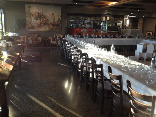 The Nook Caffe Restaurant : Dining room