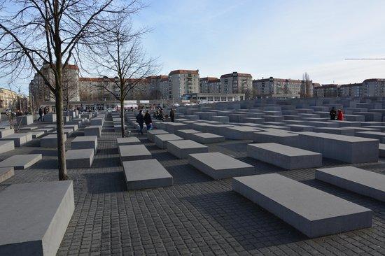 Mémorial aux Juifs assassinés d'Europe : Vue sur le mémorial
