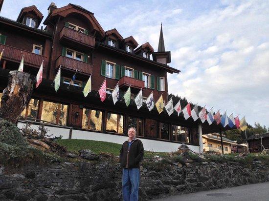 Hotel Bellevue : near by Junfrau hotel