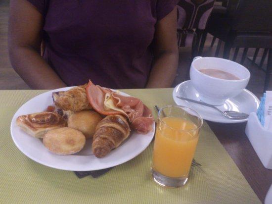 Neya Lisboa Hotel : petit déjeuner