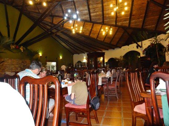 Hotel Mountain Paradise: Restaurant