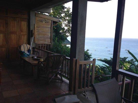 Castara Retreats: balcony with hammock