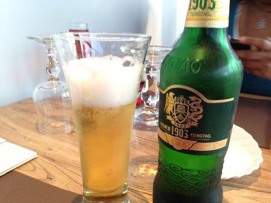 Les trois royaumes : Une bonne bière Tsing Tao avec le repas !
