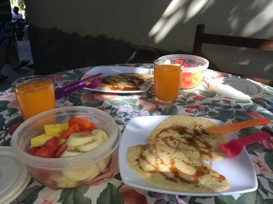 Hotel Mamiri: Desayuna mañanero incluído