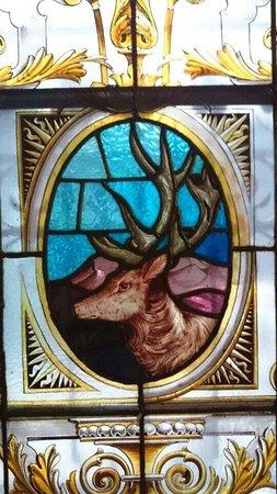 Stag's Head: Exquisite glasswork