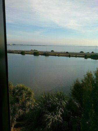 Holiday Inn Express Tampa - Rocky Point Island: View from Room