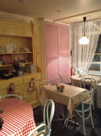 Tara's Tea Room