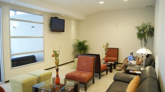 HM International Hotel: Lobby