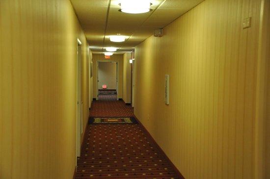 Residence Inn Paducah: Hallway