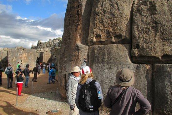 Private Tours Peru : More Ruins