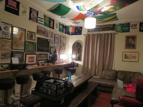 Paddy's Palace Derry: common area