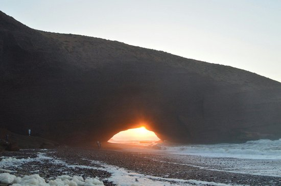 Legzira Beach : Take your time to get there and catch the sunset through the arch... Worth the effort!!!