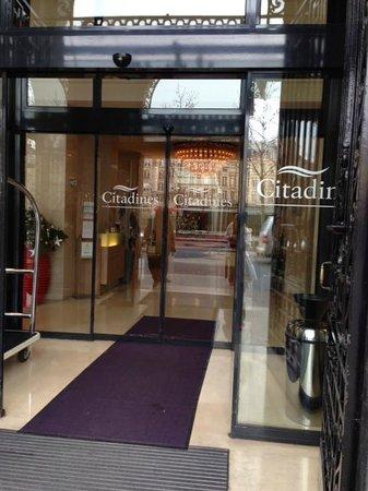 Citadines Saint-Germain-des-Pres Paris: Front Entrance