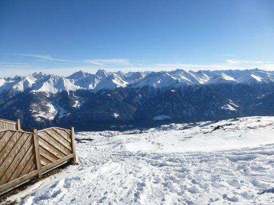 Haus Latschthaya: Blick von der Bergstation der Almbahn