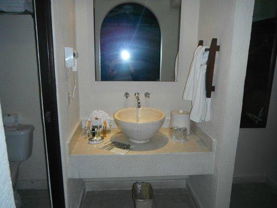 Allegro Playacar : Sink in the room