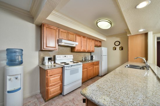 Vacation Inn: Kithcen In Suite