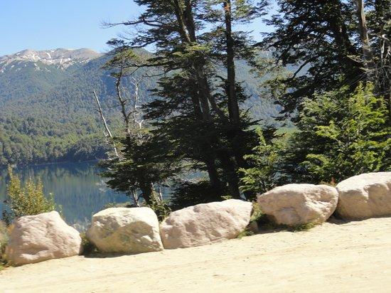 Route of the Seven Lakes : Vista desde el auto