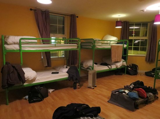 Paddy's Palace: spacious 10-person room