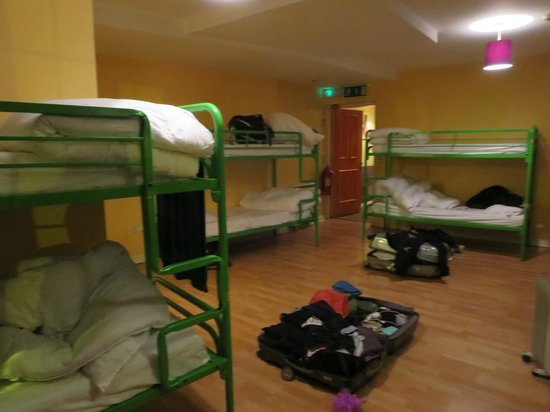 Paddy's Palace : spacious 10-person room