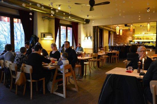 Restaurant Schnitzelei: Ambiance intérieure
