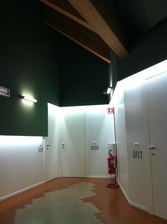 Hotel 1301 Inn : corridoio camere
