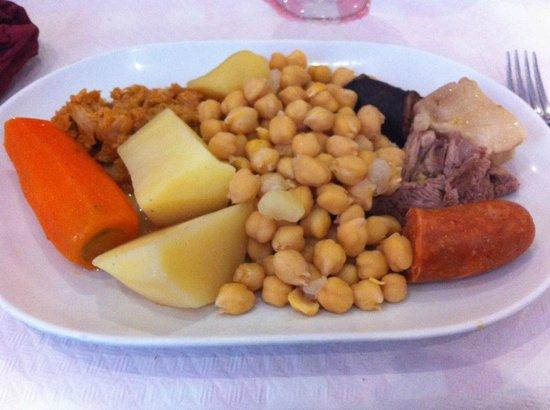 Arroceria Restaurante Avergar: Cocido madrileño